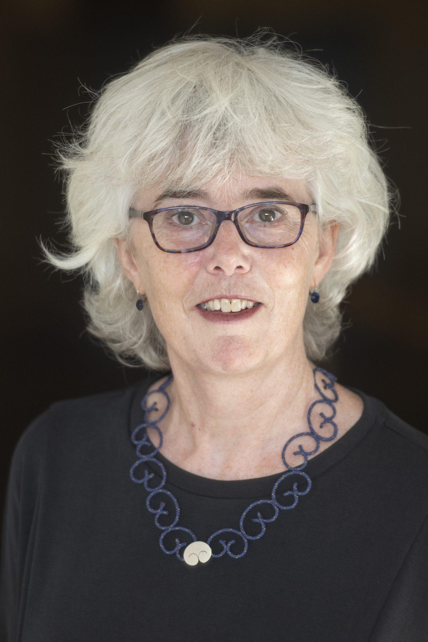 Mevrouw drs. J.J. (Jikke) van der Spek